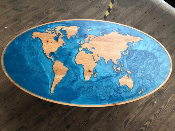 Stolik kawowy mapa świata