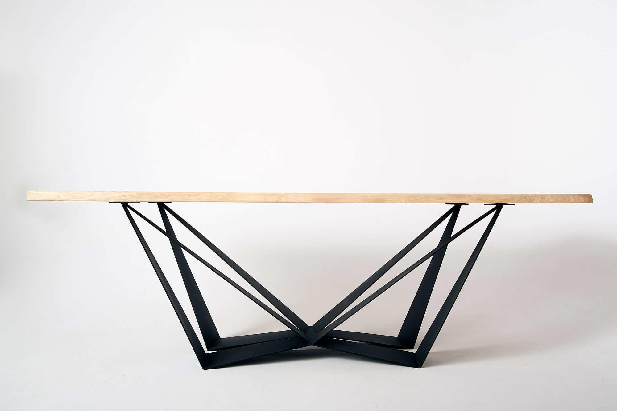 ciekawy-stol-loft