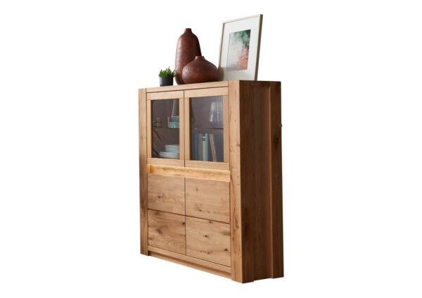 ladny-kredens-drewniany