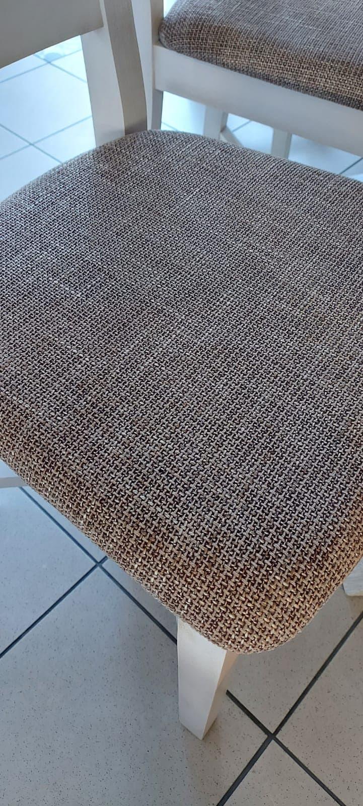 tapicerowane-krzeslo-prowansalskie